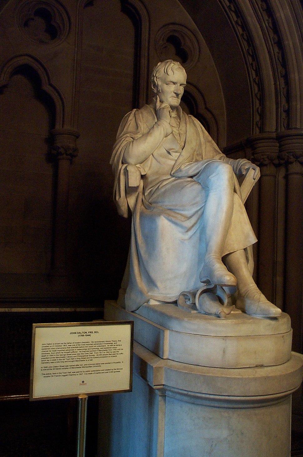 John Dalton statue Manchester City Hall 20051020