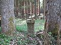 Kříž mezi Baronovým Mostem a Pohořským rybníkem.jpg