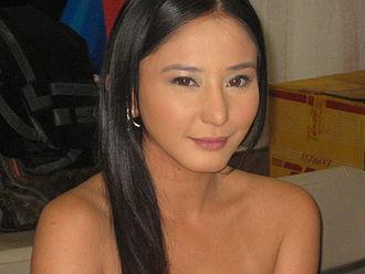 Darna (2005 TV series) - Katrina Halili portrays Carol.
