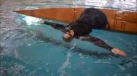 File:Kayak Hand roll.webm