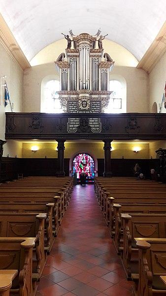 Duxall mat Uergel an der Kierch zu Ëlwen