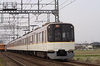 Karasuma Line - Image: Kintetsu 3220 001 JPN