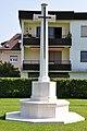 Klagenfurt Waidmannsdorf Lilienthalstrasse War Cemetery marble cross 21092011 402.jpg