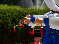 Korean sword dance-Jinju geommu-04.jpg