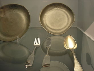 Kashrut - Kosher dairy dishes from the 19th century in the Jewish Museum, Berlin.
