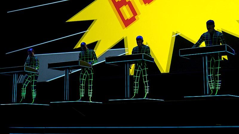 File:Kraftwerk - Royal Albert Hall - Wednesday 21st June 2017 KraftwerkRAH210617-24 (35323032660).jpg