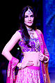 Kriti Sanon walks for Sunil Jewellers at IIJW 2015 (2).jpg
