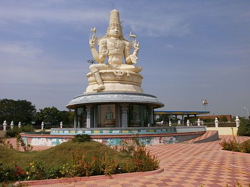 Large-Shiva-Statue-Kanchipuram-Chennai-Bangalore-Highway