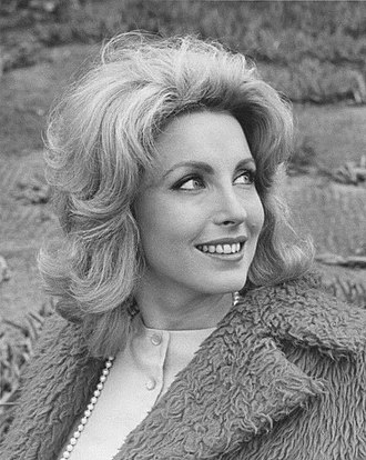 Laura Devon - Devon in The Lieutenant (1964)
