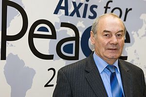 Leonid Ivashov - General Ivashov at the 2005 Axis for Peace conference