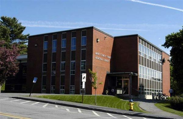 Friends of Scarborough (Maine) Library