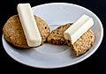 Lillebror Ostehaps Cheese sticks on crackers.jpg