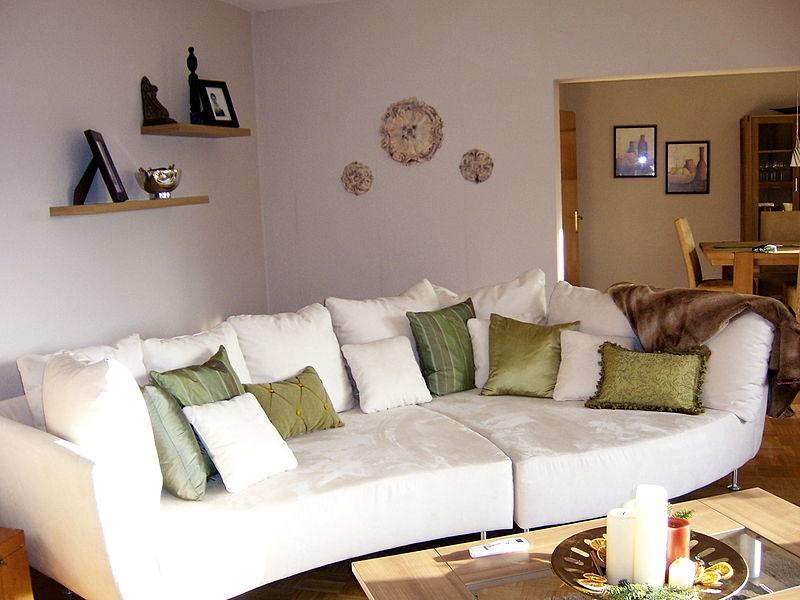 File:Living room Germany 2006.jpg
