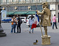 Living statue in Paris, 7 August 2015.jpg