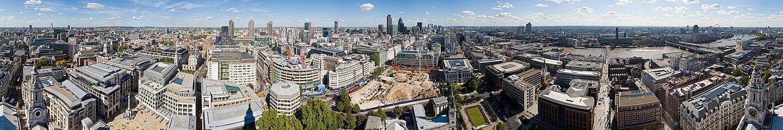 צילום פנורמי של לונדון כפי שהיא משתקפת מקתדרלת סנט פול