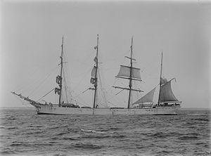 Lucipara (ship, 1885) - SLV H91.250-591.jpg