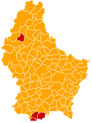Luxembourg general election, 2009 - The CSV won a landslide victory, winning pluralities in 112 of Luxembourg's 116 communes, with the LSAP winning pluralities in four.