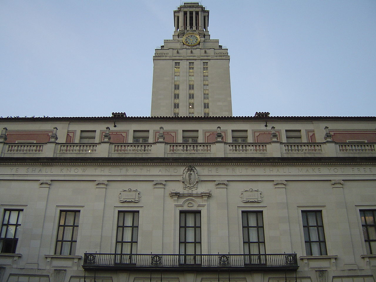 University Of Texas Organizational Chart: Main Building at The University of Texas at Austin.jpg ,Chart