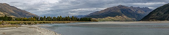 Makarora River, Otago, New Zealand.jpg