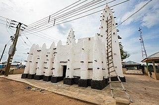 Maluwe Mosque Mosque in Savannah Region, Ghana