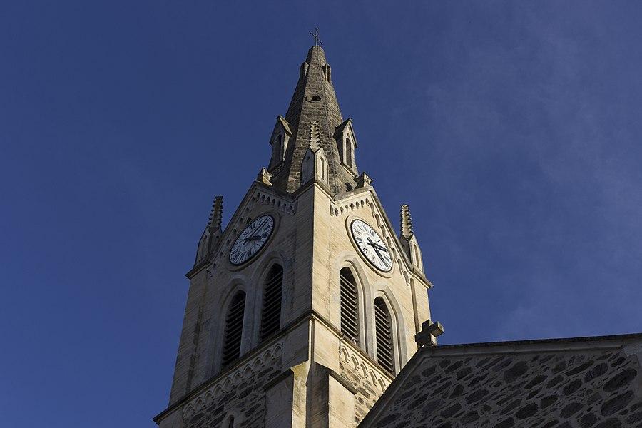 Clocher de l'église de Marennes.