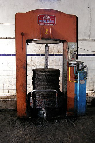 Oil mill - Image: Marokko 162