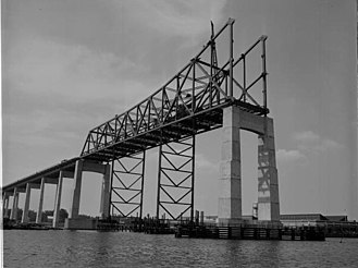 Mathews Bridge - Construction of the Mathews Bridge in 1952.