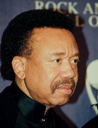 Maurice White - White at the ceremony of induction into the Hall of Fame