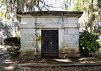 Mausoleum of William R. King.jpg