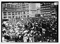 May Day Crowd in Union Square LCCN2014692832.jpg
