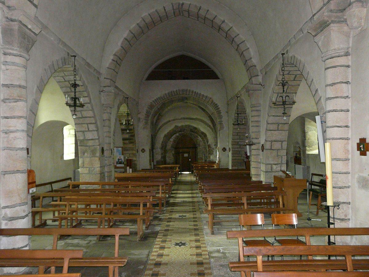 Messeix église nef (1).JPG