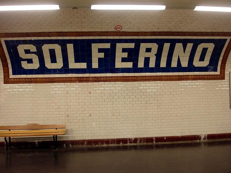 File:Metro de Paris - Ligne 12 - station Solferino 01.jpg