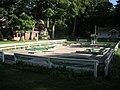 Michillinda Lodge 2011 07 (mini golf).jpg