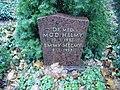 Mod Helmy, Friedhof Heerstraße - Mutter Erde fec, .JPG