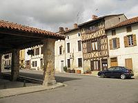 Montbrun-Bocage Market place.JPG