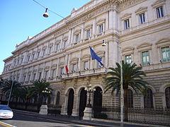la centra banko de Italio en la palaco Koch ĉe la straro via Nazionale