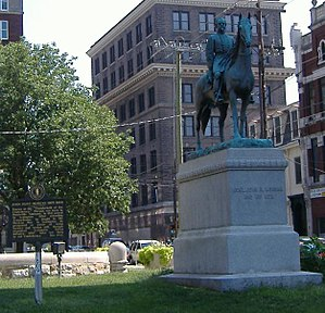 Lexington, Kentucky, in the American Civil War - John Hunt Morgan Memorial in downtown Lexington