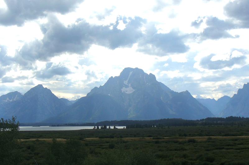 File:Mount Moran from lake.png