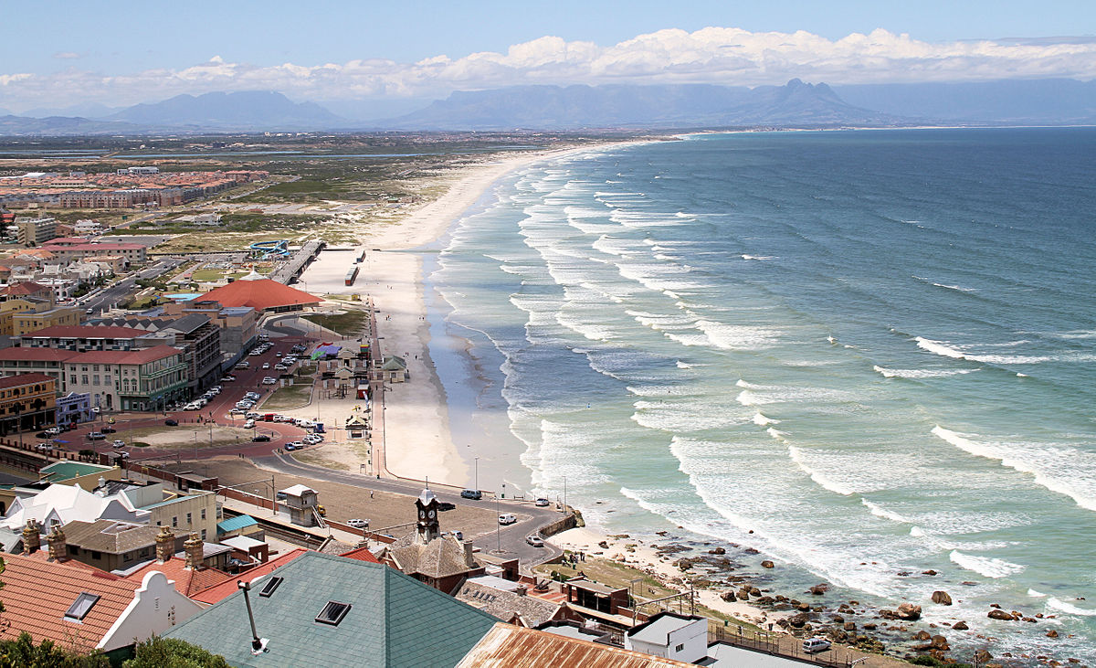 Muizenberg Travel Guide At Wikivoyage - 9 things to see and do in muizenberg beach