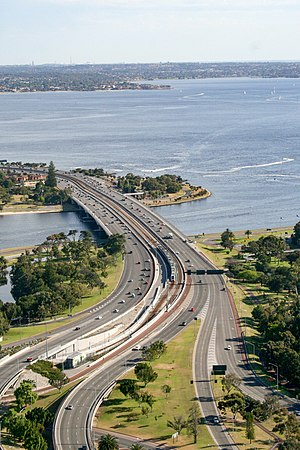 Narrows Bridge (Perth) - The Narrows Bridge is made up of two road bridges and a railway bridge