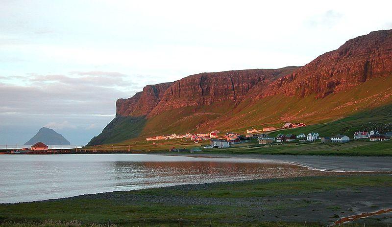 File:Nes at Hvalba in the evening sun, Faroe Islands.jpg
