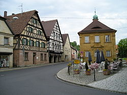 Center of Neunkirchen with timbered houses and the old deanery near St.-Michaels Church (right side of the image)