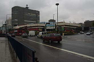 Newington Butts - The north end terminates at a roundabout of the Elephant and Castle junction, where the Elizabethan theatre stood.
