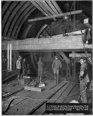 North River Tunnels - Construction of the northern tube under the Hudson River in 1905