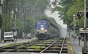 Northbound Amtrak Auto-Train (3495275942).jpg