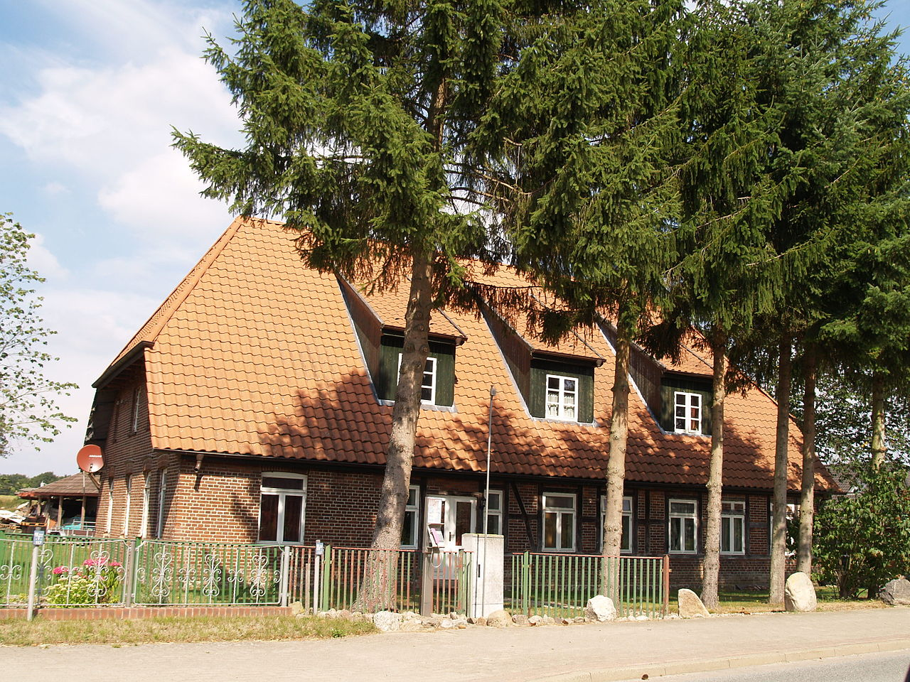 Nostorf Hallenhaus.JPG