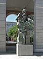 Nuevos Ministerios-Sculpture.jpg