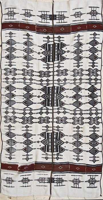 Antique Fulani Blanket, Mali, estimated to be from the 1920s courtesy the WOVENSOULS collection Old Traditional Fulani Blanket - courtesy WOVENSOULS COLLECTION.jpg