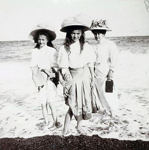 Anna Vyrubova - Anna Vyrubova wading at the beach with Grand Duchesses Tatiana, left, and Olga Nikolaevna of Russia. Courtesy: Beinecke Library.