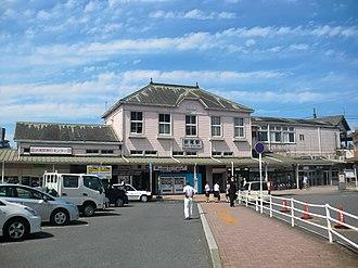 Orio Station - Main station building, east side, September 2012